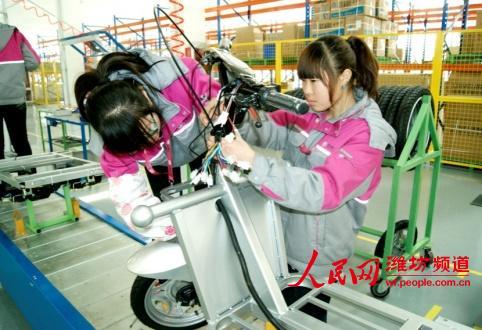 比德文电动三轮车整车组装生产线